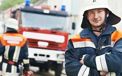 Kollision mit ausscherendem Feuerwehrfahrzeug